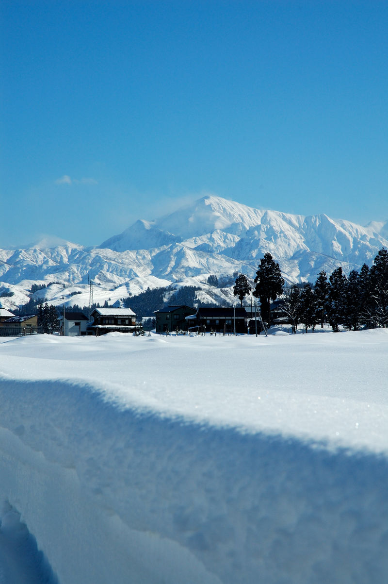 Snow_Mountains_Japan_2006_001