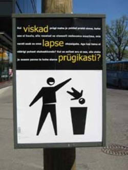 Signs_parnu_trash