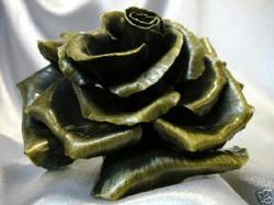Rose_metal
